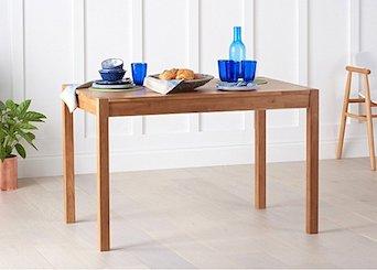 Medium Dining Tables