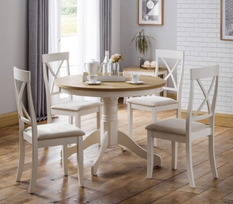 Davenport Round Pedestal Dining Table & 4 Chairs