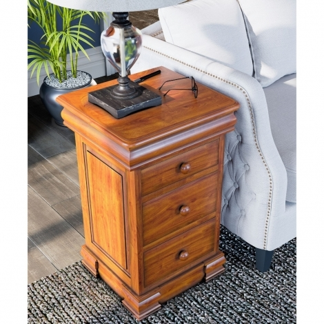 La Reine, Mahogany Bedside Cabinet with Four Drawers