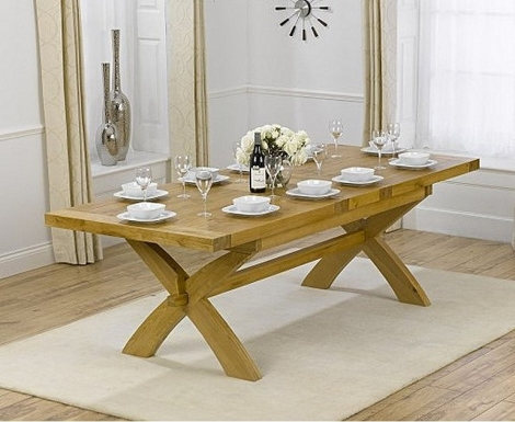 Cheshire 200cm - 240cm Solid Oak Extending Dining Table