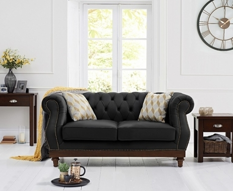 Highgrove Chesterfield Style Black Leather 2 Seater Sofa