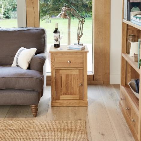 Baumhaus Mobel Oak 1 Drawer 1 Door Lamp Table / Bedside